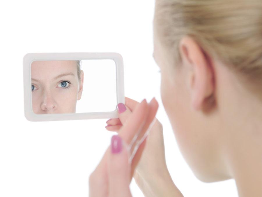 Makeup or toner? Cover your vitiligo patches!